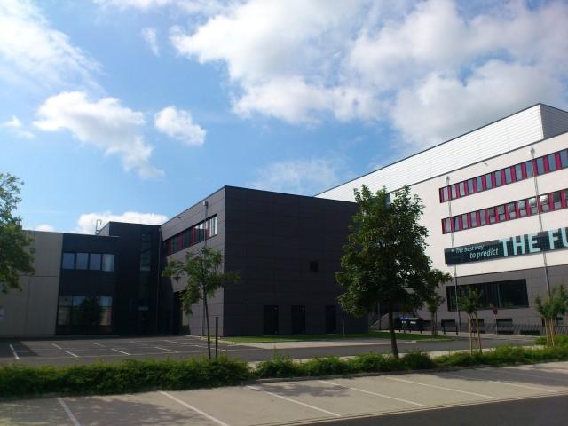 Maschinensaal und Schulungsräume